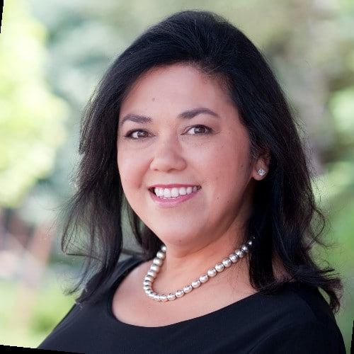 Stephanie Santos
